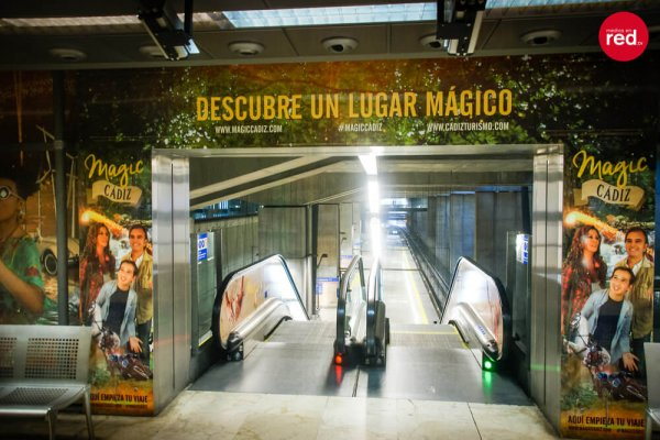 sofiskita-diseno-grafico-magic-cadiz-metro7